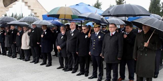 Bursa'da şehit polislere vefa