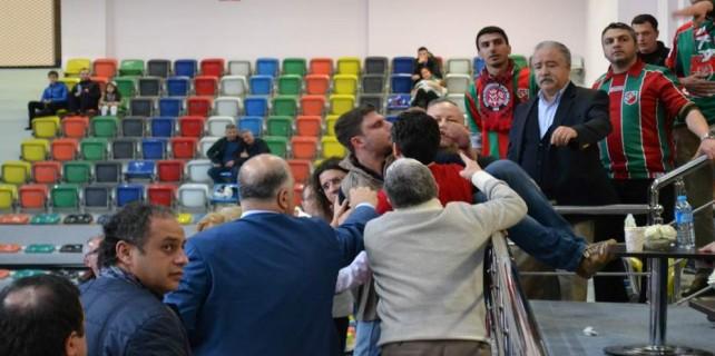 Bursa'da olaylı maçı