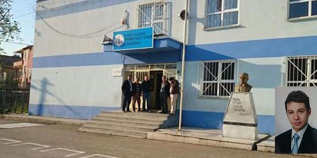 Veliler öğretmeni okul önünde darp etti