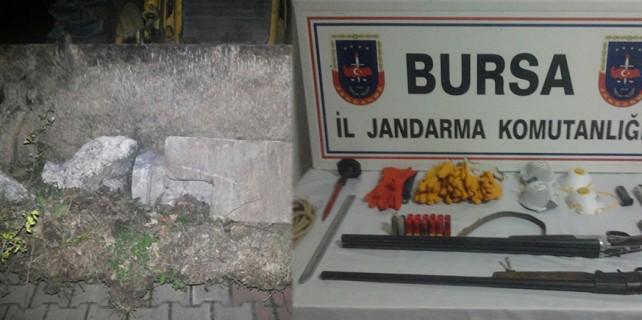 Defineciler Bursa'da gizli hazineyi ortaya çıkardı!