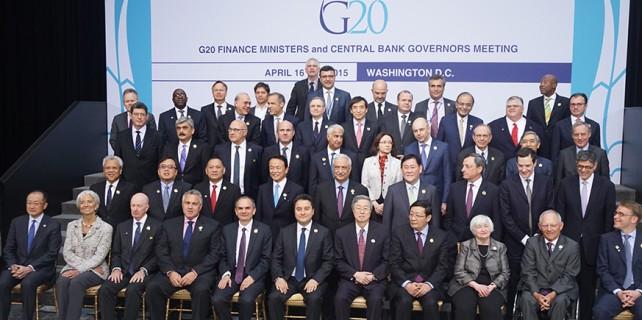 Babacan G20 aile fotoğrafında