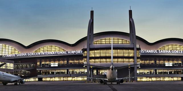 İstanbul'a inemeyen iki uçak Bursa'ya neden yönlendirildi?