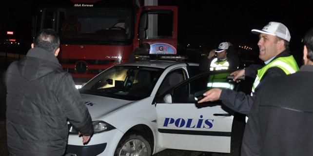 Bursa polisi 100 bin dolarlık vurgunu önledi