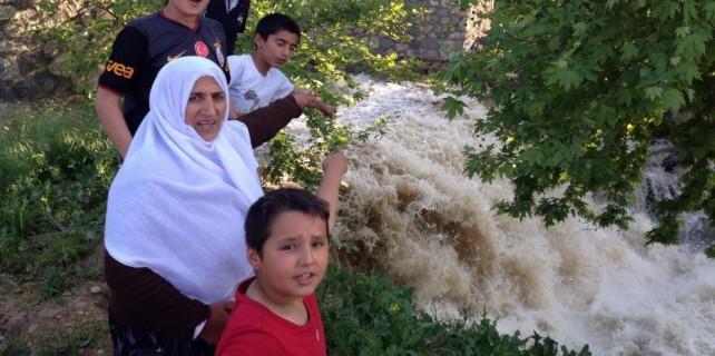 Uludağ'ın eriyen kar suları 6 yaşındaki Abdullah'ı yuttu