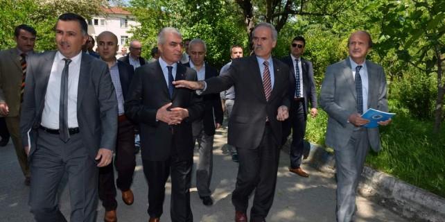 Bursa'da bu okul baştan aşağı yenilendi
