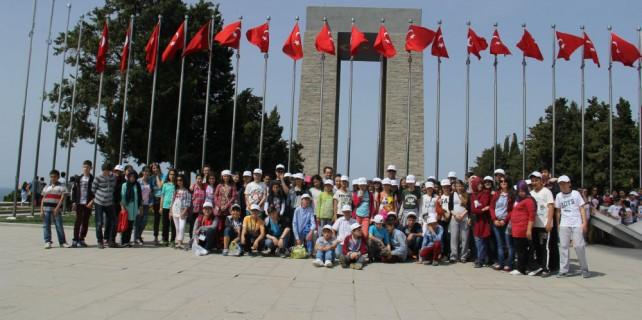 UEDAŞ 200 öğrenciyi çok mutlu etti