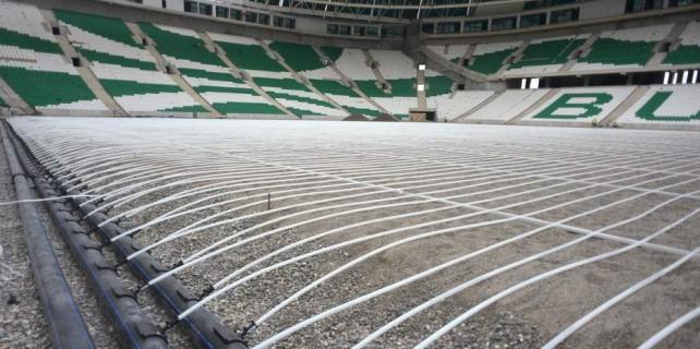 Timsah Arena'nın zemininde montaj tamam