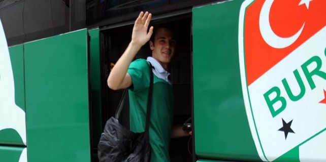 Bursaspor Manisa'ya 3 puan için gitti