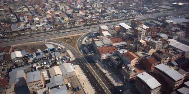 Bursa'da kaçak binalara elektrik ve su sözü