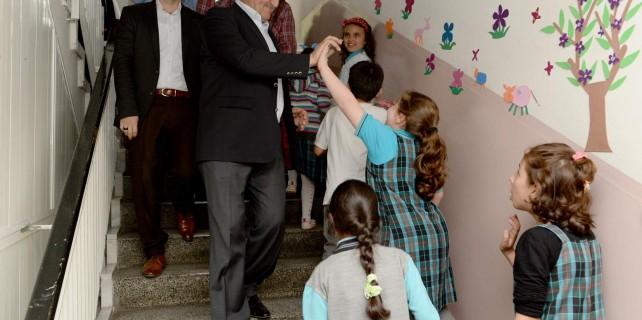 Osmangazi'den okullara büyük destek