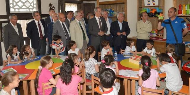 Bursa'ya oyuncak kütüphanesi