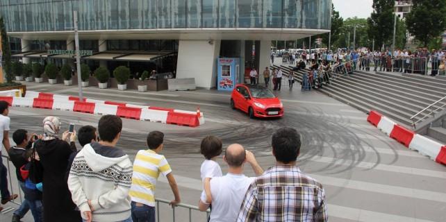 Hız tutkunları Bursa'da buluştu