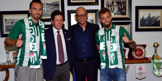 Bursaspor'un iki transferi imza attı...Bakın ne dediler
