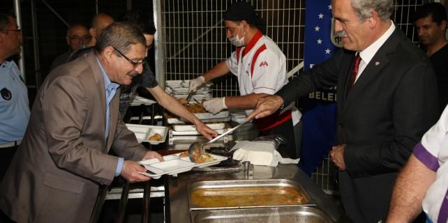 Bursa'da ilk iftar heyecanı