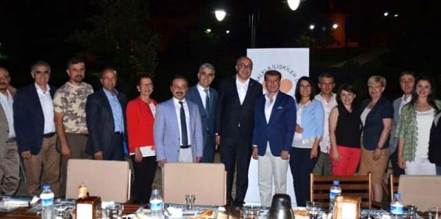 Bursa'da halkla ilişkiler ve reklamcılar iftarda buluştu