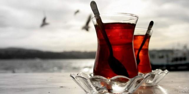 Bursalı vekil çaya bekliyor