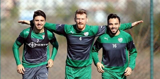 4 futbolcu 22 milyon Euro eder mi?