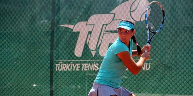 Milli tenisçiden Bursa'da tarihi zafer