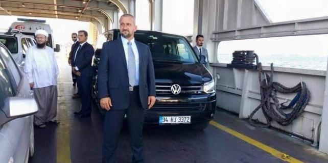 Mahmut Ustaoğlu Bursa'da...Hocaya yakın koruma...(ÖZEL HABER)