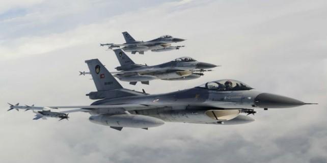 IŞİD'i havadan bombaladılar