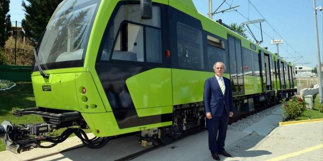 Yerli tramvaylar raylarda