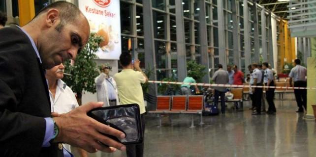 Bursa'da şüpheli paketle selfie yaptılar