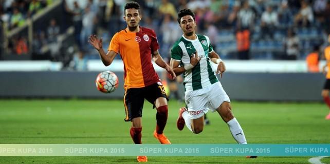 Bursaspor kupayı elinin tersiyle itti