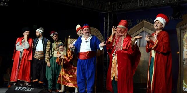 Şehir tiyatrosu yaz turnesi devam ediyor