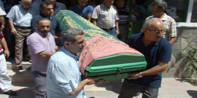 Bursa'da ilginç olay, iki defa cenaze namazı kılınıp, defnedildi...