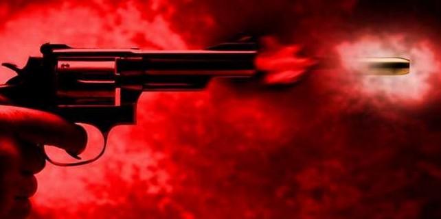 Bursa'da silahlar konuştu...Arkadaşını sokak ortasında...
