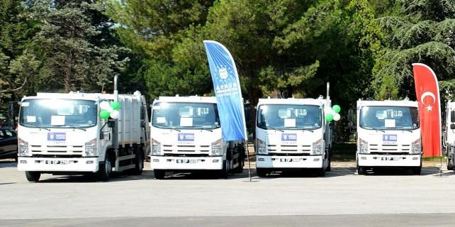 Büyükşehir'den ilçelere çöp kamyonu desteği