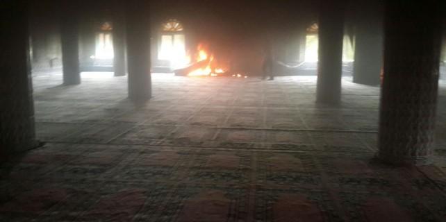 Bursa'da cuma namazı vakti camide yangın paniği