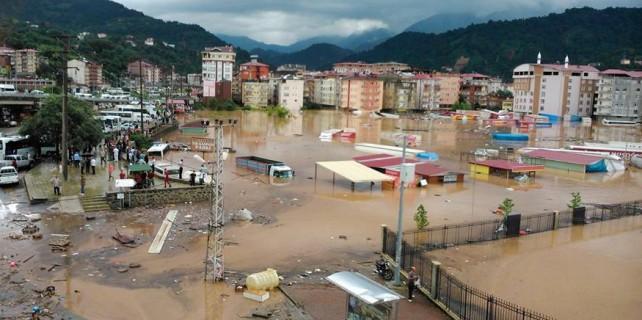 Artvin'de sel felaketi, 7 kişi hayatını kaybetti...