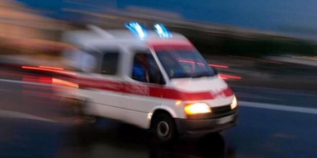 Yok böyle bir kaza...Hareket eden araç sürücünün eşini ezdi