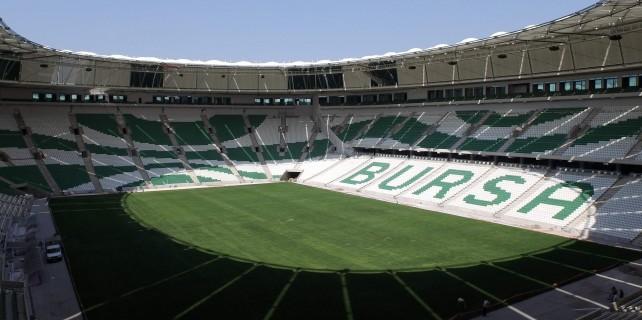 Timsah Arena'ya büyük şok