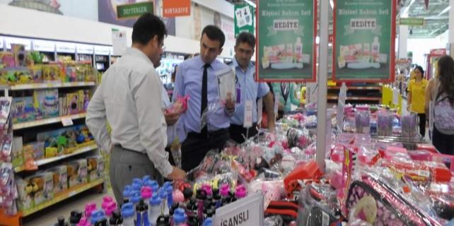 Bursa'da kırtasiye ürünlerine yakın takip