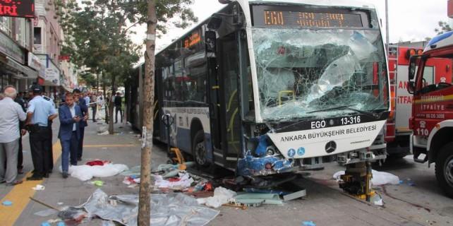 Katliam gibi kaza: 12 ölü