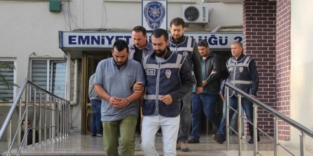 Bursa'da silah tacirlerine operasyon