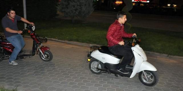 Çalınan motosikletini böyle buldu...
