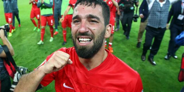 Arda Turan'ın mutluluk gözyaşları...