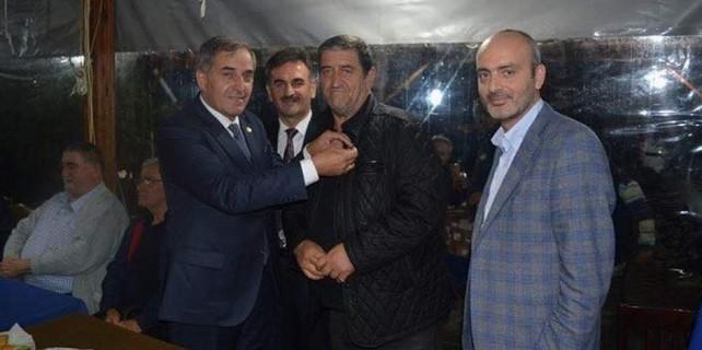 Bursa'da MHP'den topluca AK Parti'ye geçtiler...