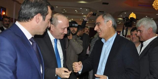 Efkan Ala MHP'li adaylarla karşılaşırsa...