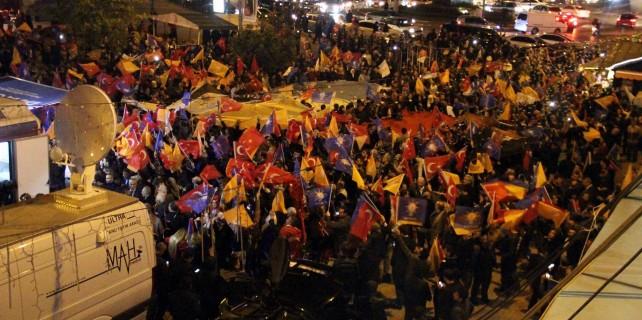 Bursa'da AK Parti coşkusu