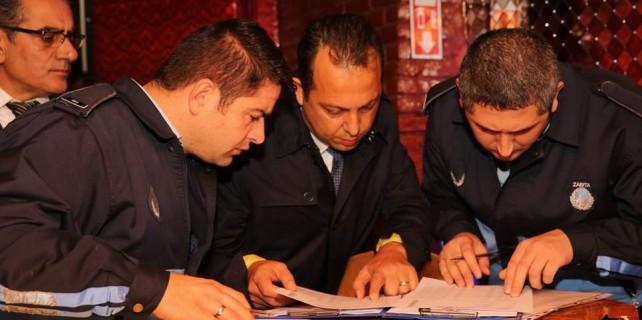 Bursa'da barlara ve kafelere operasyon