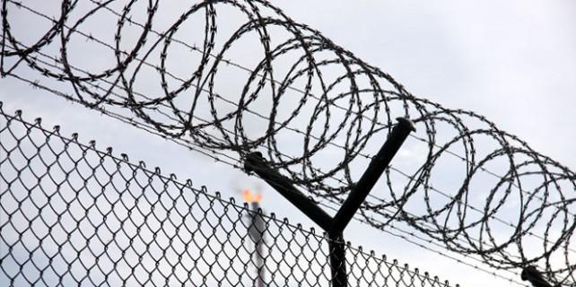 Bursa'da kaç kişi cezasını cezaevinde çekmiyor?