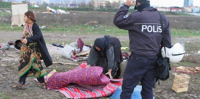 Bursa'da Suriyelilere operasyon...Geri gönderildiler