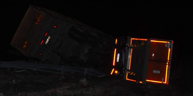 Bursa trafiğini kilitleyen kaza...