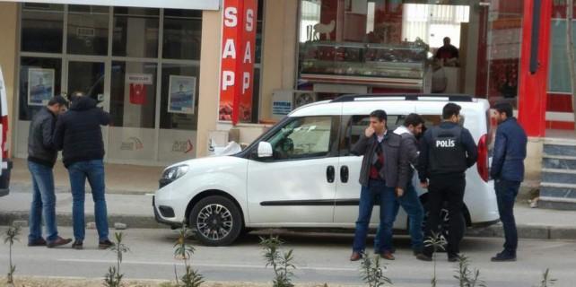 Bursa'da şok...Kargo şubesini tüfekle bastı...Eylem bitti