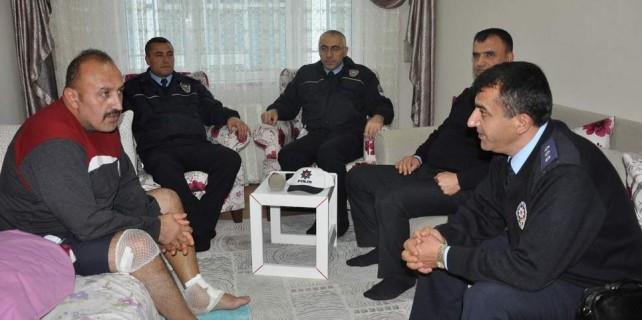 Bursalı bu polis ayakta alkışlanır...