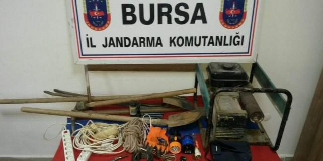 Bursa'da definecilere şok baskın...